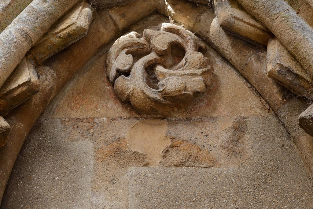 IMAGE: http://www.ware.myzen.co.uk/GalleryPics/Photos/Architecture/arch%20Glast%20abbey%20Mould%20A01_012_24-09-19.jpg