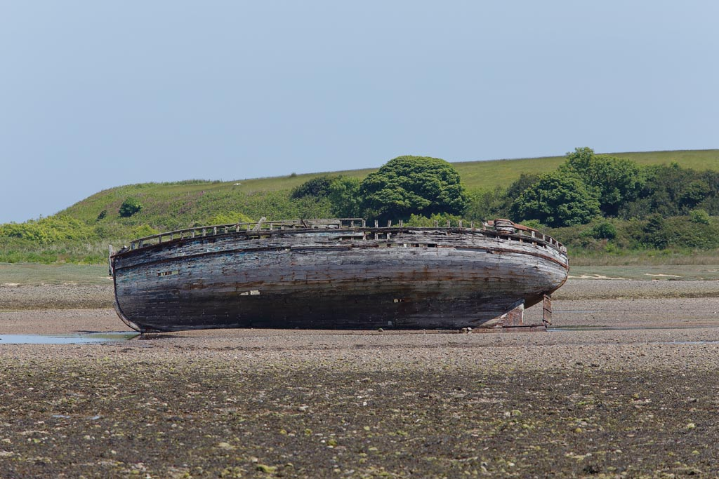 land DULAS BEACH Wrecks A01_009_11-06-18.jpg